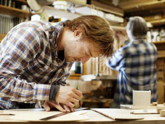 Understanding Tutorial Coursework
